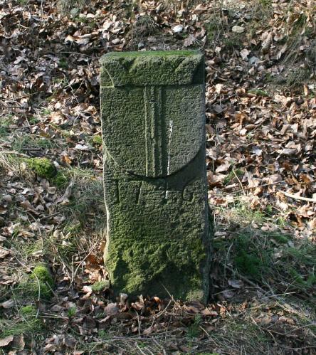 Alter Grenzstein von 1746 vordere Ansicht